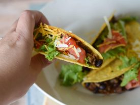 An Easy Recipe for Taco Meat to Feed a Crowd (a perfect example of why I keep a well-stocked pantry)